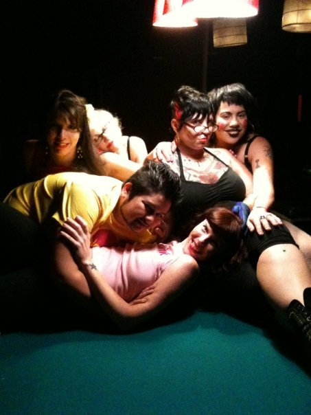 the femmes of the Fall 09 Body Heat East Coast tour, tearing up the pool table in all the wrong ways...
